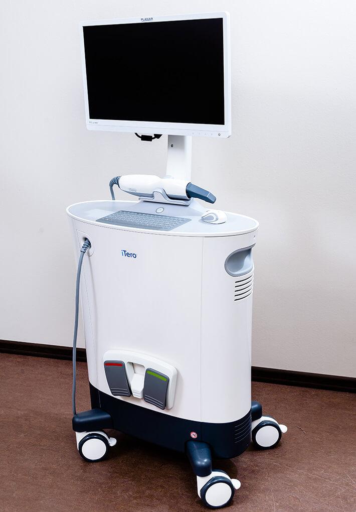 Внитриротовой сканер iTero