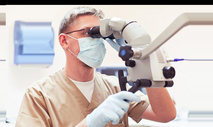 """<p style=""""text-align: center;""""><span style=""""color:#FF0000;"""">Лечение зубов под микроскопом по цене классической стоматологии!</span><br /> Мы спасаем ваши зубы от удаления!</p>"""